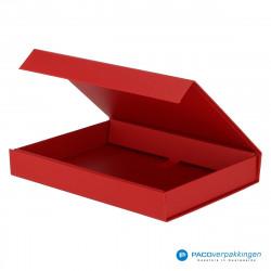 Magneetdoos A5 - Rood Mat (Toscana) - Zijaanzicht voor open