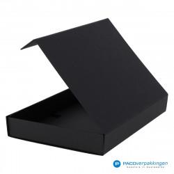 Magneetdoos A4 - Zwart Mat (Toscana) - Zijaanzicht achter open