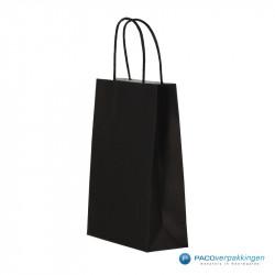 Papieren draagtassen - Zwart - Gedraaide handgreep - Zijaanzicht voor