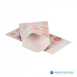 Papieren zakjes - Zilveren bolletjes - Vooraanzicht