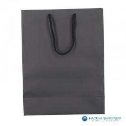 Papieren draagtassen - Zwart Mat - Luxe - Katoenen koord -Achteraanzicht