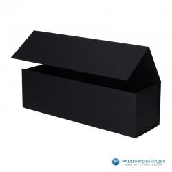 Magneetdoos - Zwart Mat - Budget - Zijaanzicht open