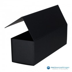 Magneetdoos - Zwart Mat - Budget - Zijaanzicht open achter