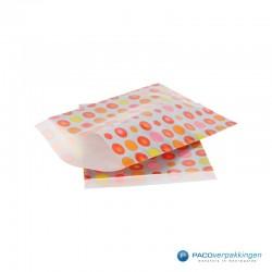 Papieren zakjes - Zilveren bolletjes - Zijaanzicht
