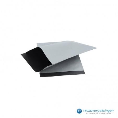 Papieren zakjes - Zilver met zwart kraft (Nr. 1740)