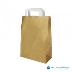 Papieren draagtassen - Goud - Platte witte handgreep - Zijaanzicht voor