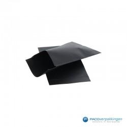 Papieren zakjes - Zwart Kraft - Zijaanzicht