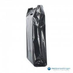 Plastic draagtassen - Zwart - Zijkant vooraanzicht
