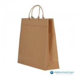 Papieren draagtassen - Bruin - Recycle - Gedraaid koord - Zijaanzicht voor