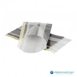 Papieren zakjes - Strepen gekleurd - Nr.910 - Vooraanzicht