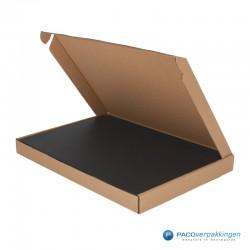 Brievenbusdozen - Bruin - Maximaal formaat (voor Luxe Magneet Brievenbusdoos) - Toepassingsfoto