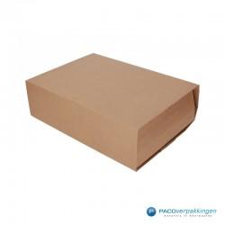 Boekverpakking - Bruin - A4+ (Nr. V026086) - Zijaanzicht dicht