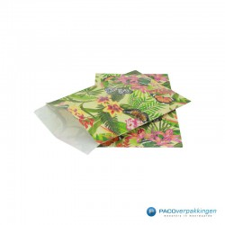 Papieren zakjes - Vlinder - Multikleur op groen (Nr. 807) - Zijaanzicht