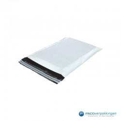 Verzendzakken - Wit mat - Zijaanzicht