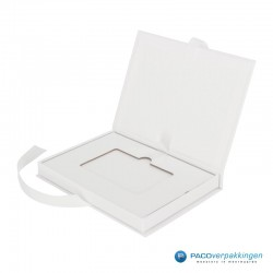 Magneetdoos Giftcard - Wit Mat (Toscana) - Inlay karton - Zijaanzicht open - zonder kaart