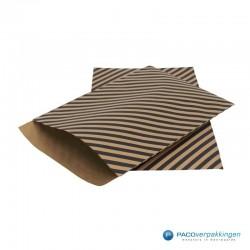 Papieren tijdschriftzakken - Strepen - Zwart op bruin (Nr. 110) - Zijaanzicht
