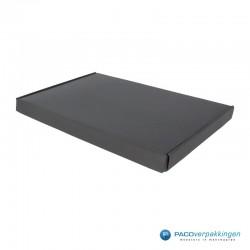Brievenbusdozen - Maximaal formaat - Zwart mat (voor Luxe Magneet Brievenbusdoos) Zijaanzicht