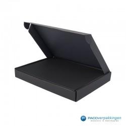 Brievenbusdoos en magneetdoos - A5 - Zwart mat - Premium - Toepassingsfoto
