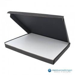 Brievenbusdoos en magneetdoos - Maximaal formaat - Zwart en wit mat - Premium - Toepassingsfoto