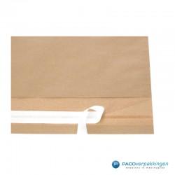 Papieren verzendzakken - Bruin - Toepassingsfoto