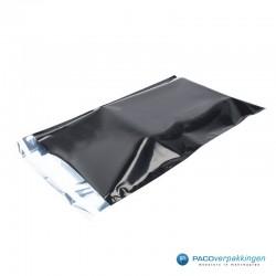 Verzendzakken - Zwart glans - Luxe - Vooraanzicht