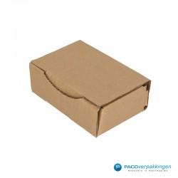 Postdozen met klepsluiting - Bruin - Enkelgolf - Basic - 6660 - zijaanzicht dicht