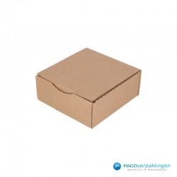 Postdozen met klepsluiting - Bruin - Enkelgolf - Basic - 6662 - zijaanzicht dicht