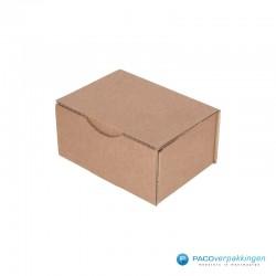 Postdozen met klepsluiting - Bruin - Enkelgolf - Basic - 6661 - zijaanzicht dicht