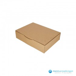 Postdozen met klepsluiting A4 - Bruin - Enkelgolf - Basic - 6671 - zijaanzicht dicht