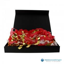 Opvulmateriaal - Swirl van zijdepapier - Rood, wit en goud - Toepassing