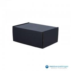 Postdozen met klepsluiting - Zwart mat - A5 - Hoofdafbeelding