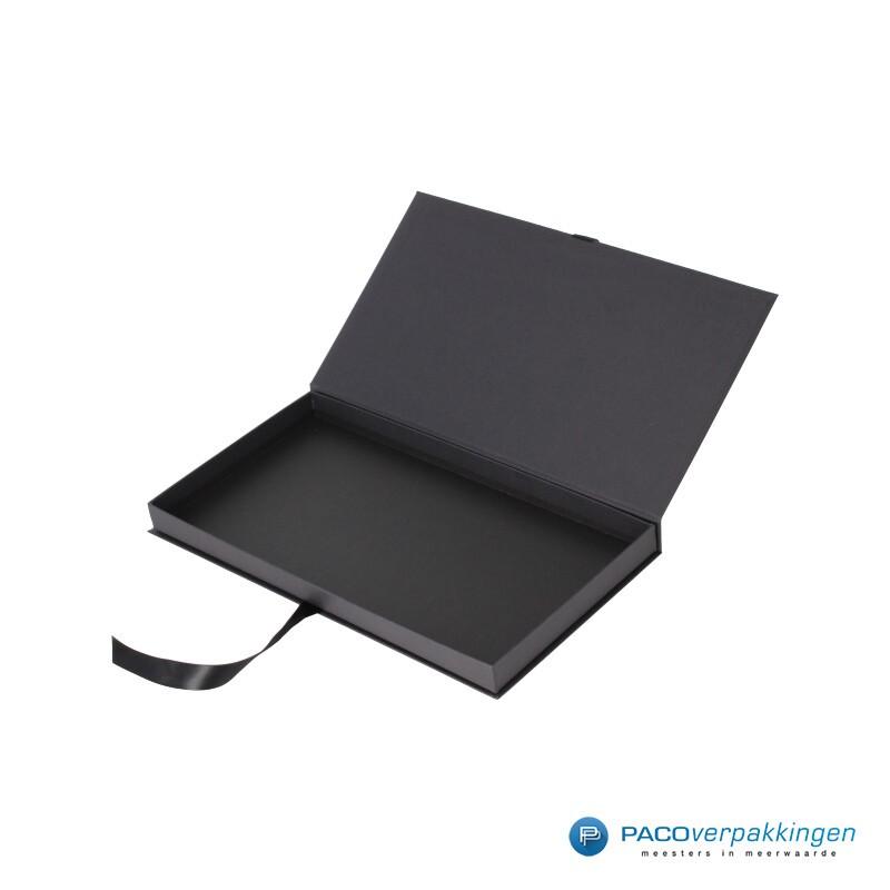 Geschenkdoos met lintsluiting - Zwart Mat - Premium - zijaanzicht open