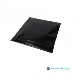 Verzendzakken - Zwart - 30% Recycle - Retoursluiting - Premium - Zijaanzicht onder