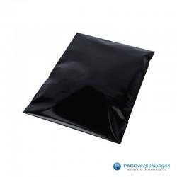 Verzendzakken - Zwart - A4+ - 30% Recycle - Retoursluiting - Premium - Zijaanzicht boven