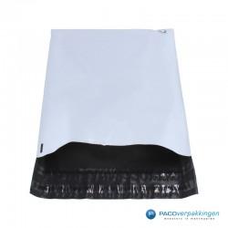 Verzendzakken - Wit/grijs - A3 - 70% Recycle - Retoursluiting - Vooraanzicht