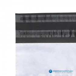 Verzendzakken - Wit/grijs - A3 - 70% Recycle - Retoursluiting - Retourstrip