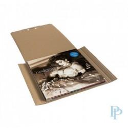 LP Doos - Vinyl plaat verpakking - Bruin - Zijaanzicht gebruik